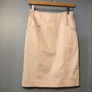H&M blush color skirt with pockets in front